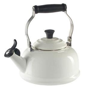 Tetera Teatime con Silbato Blanca Le Creuset